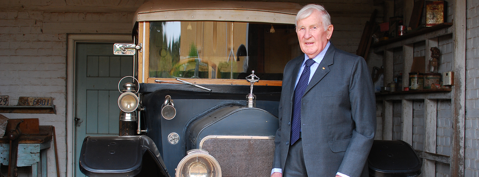 Chair of the Woolmers Foundation Peter Rae with the Wolseley Town Tourer car